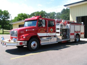1997 Freightliner/Pierce 1500 GPM Pump 1000 Gallon Tank