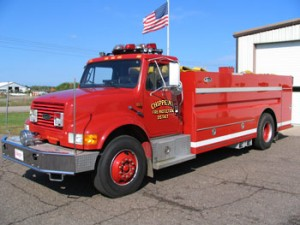 1990 International/Luverne 500 GPM Pump 2000 Gallon Tank